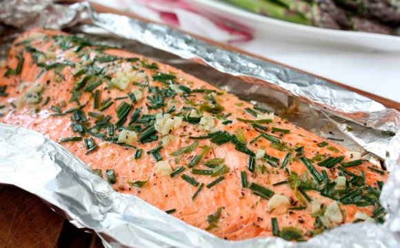 Baked-salmon-in-foil.jpg