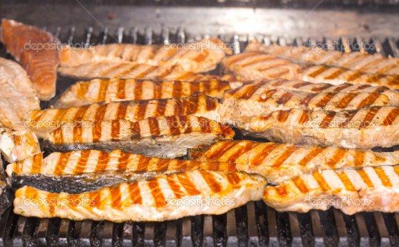 Приготовление лосося на гриле